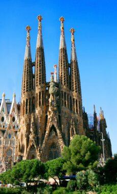 Spain guide barcelona sagrada familia