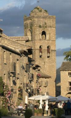 Spain pyrenees huesca ainsa c pura aventura