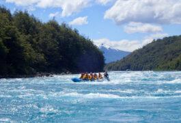 Chile patagonia carretera austral rafting baker river