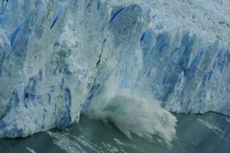 Argentina Patagonia perito moreno calving chris bladon