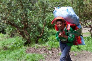 Peru machu picchu porter inca trail first day