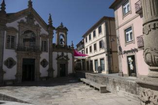 Portugal minho Arcos Valdevez square c diego pura
