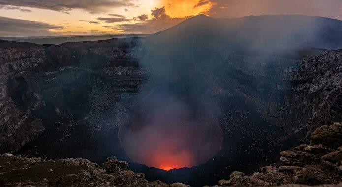 Nicaragua masaya volcano twilight lava c vapues
