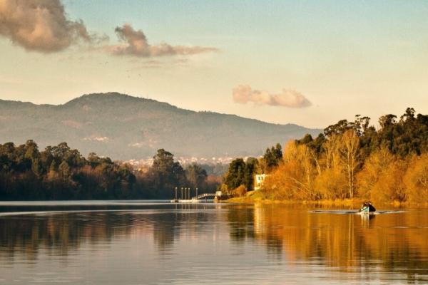 Portugal minho river c pixabay