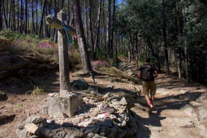 Portugal Minho Caminho de Santiago cruz dos muertos c diego pura