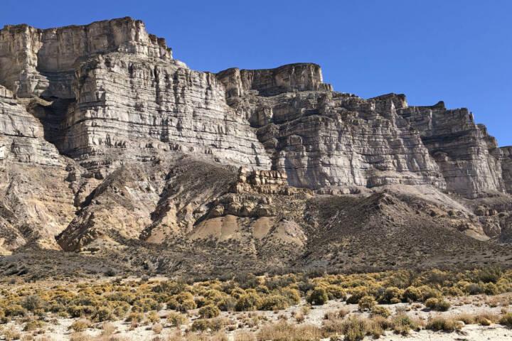 Argentina ruta 40 Esquel Cliffs on route to Piedra Parada C Sally Dodge