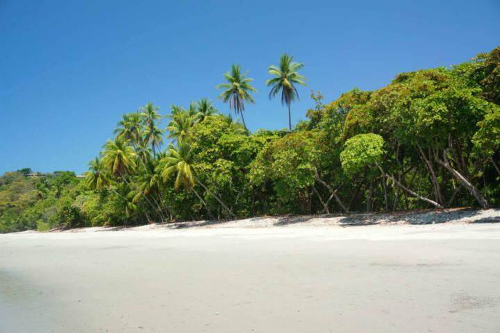 Costa rica manuel antonio playa espadilla manuel antonio costa rica