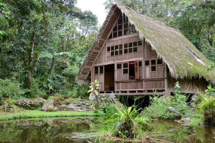 Ecuador mindo cloudforest el monte lodge exterior