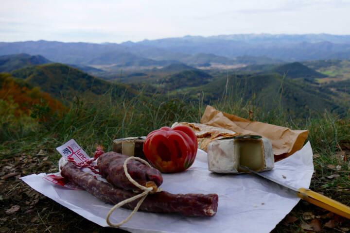 Spain catalonia picnic el ventos copyright Thomas Power Pura Aventura
