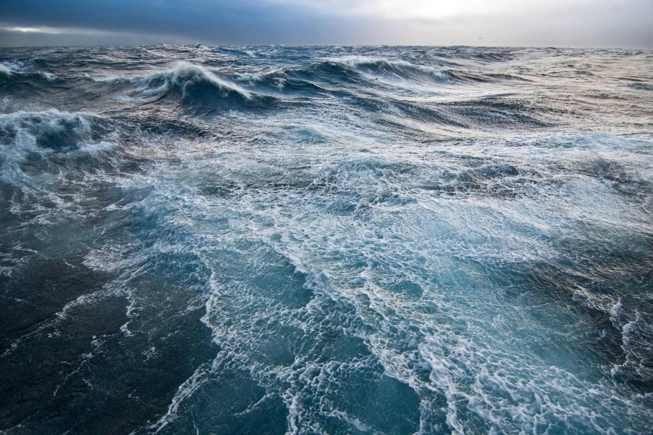 Antarctica drake passage moody waters c damerau20180829 76980 44fs9q