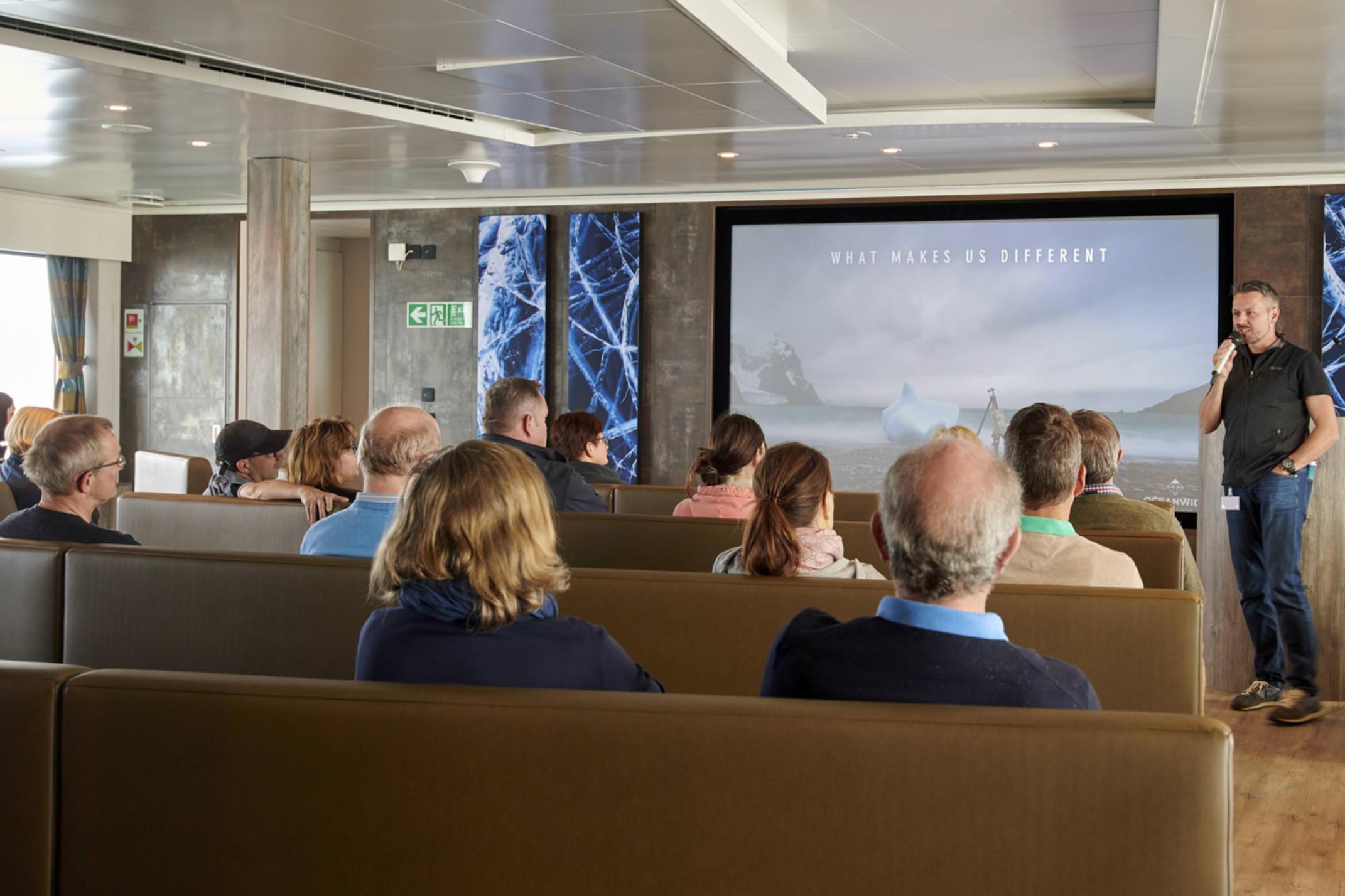 Antarctica Janssonius oceanwide lecture room