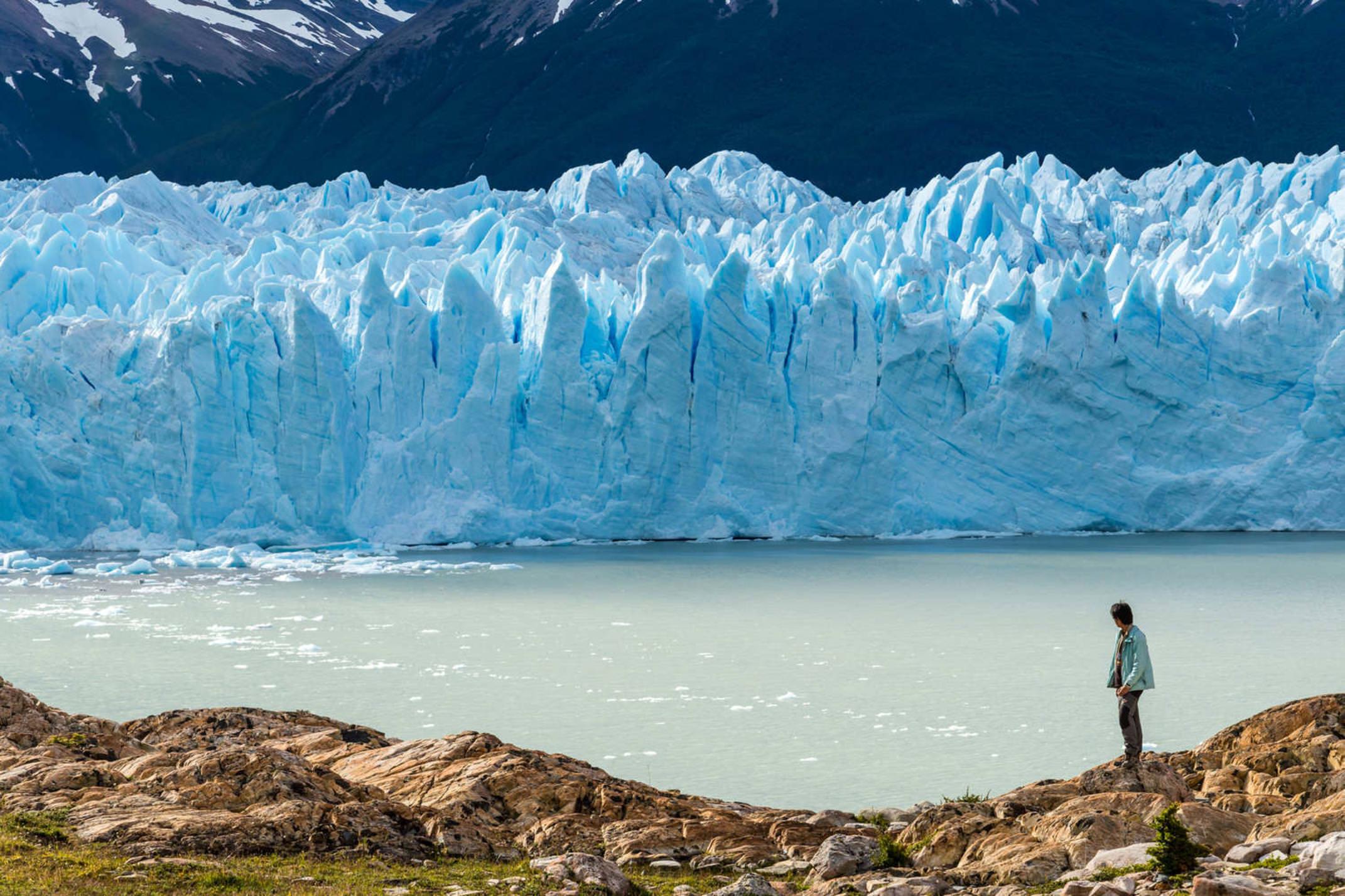 Argentina patagonia traveler with perito moreno glacier argentina