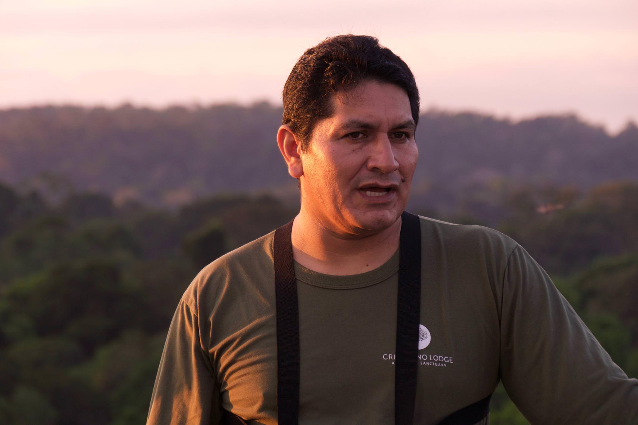 Brazil amazon cristalino lodge guide braulio copyright thomas power pura aventura