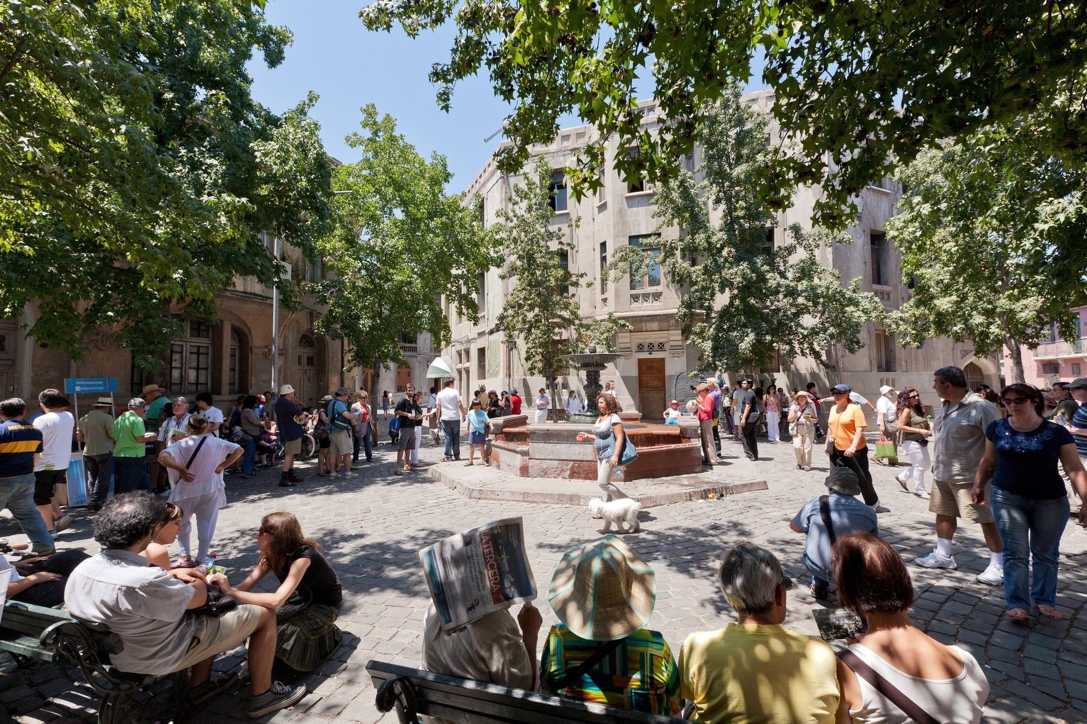 Chile santiago barrio concha toro people in square tito alarcon
