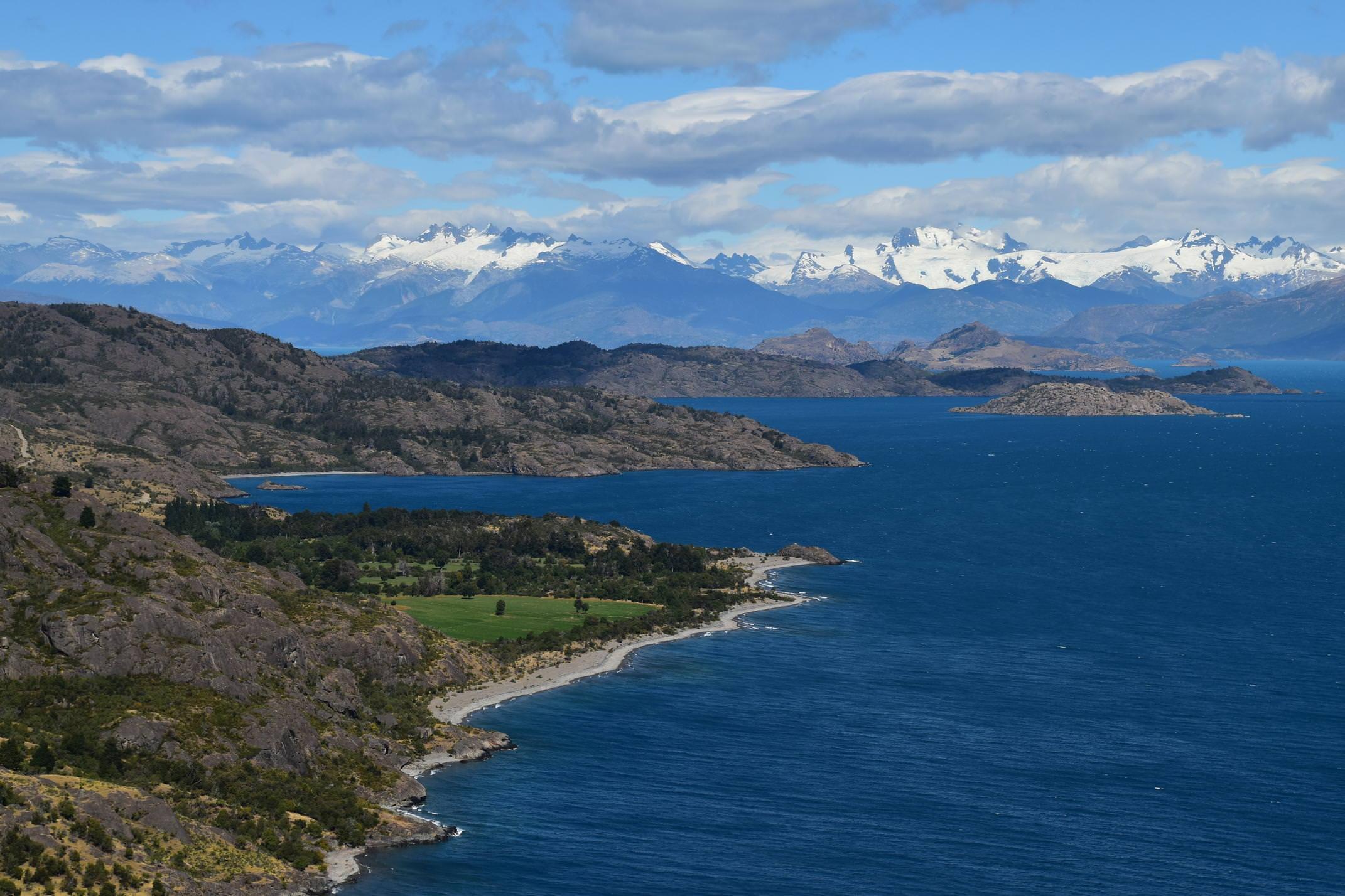 Chile carretera austral lago general carrera c john main pura traveller