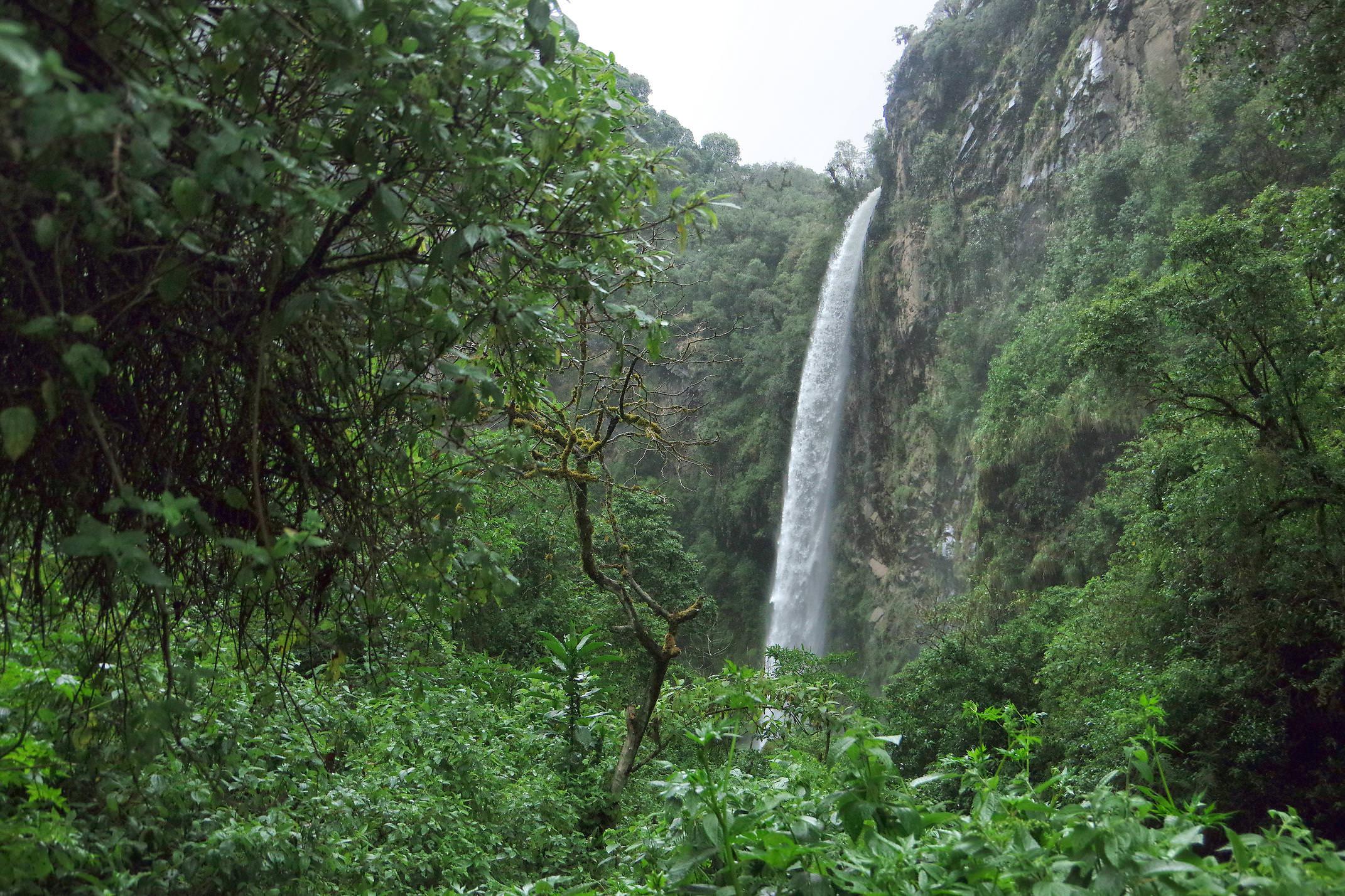 Ecuador pichincha condor machay waterfall chris bladon