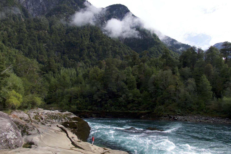 The banks of the Futaleufu River
