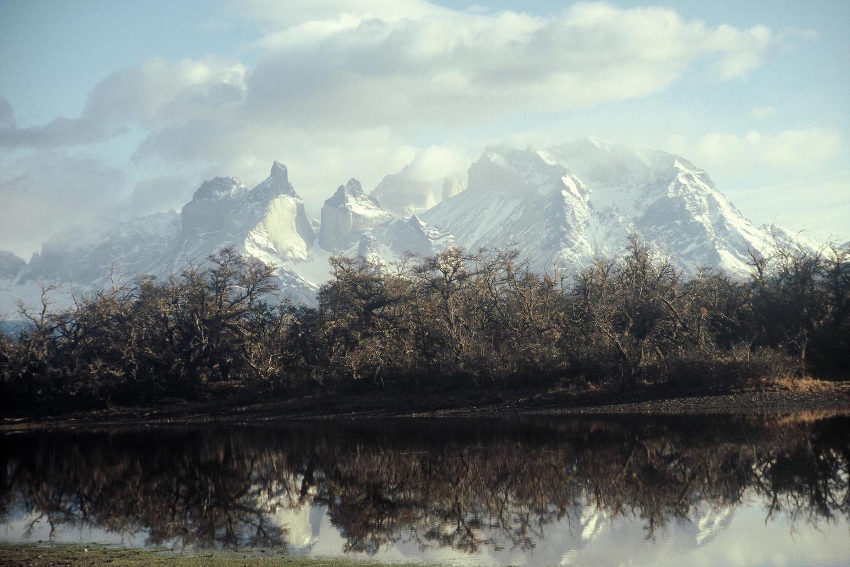 chile-patagonia-torres-del-paine-autumnal-massif