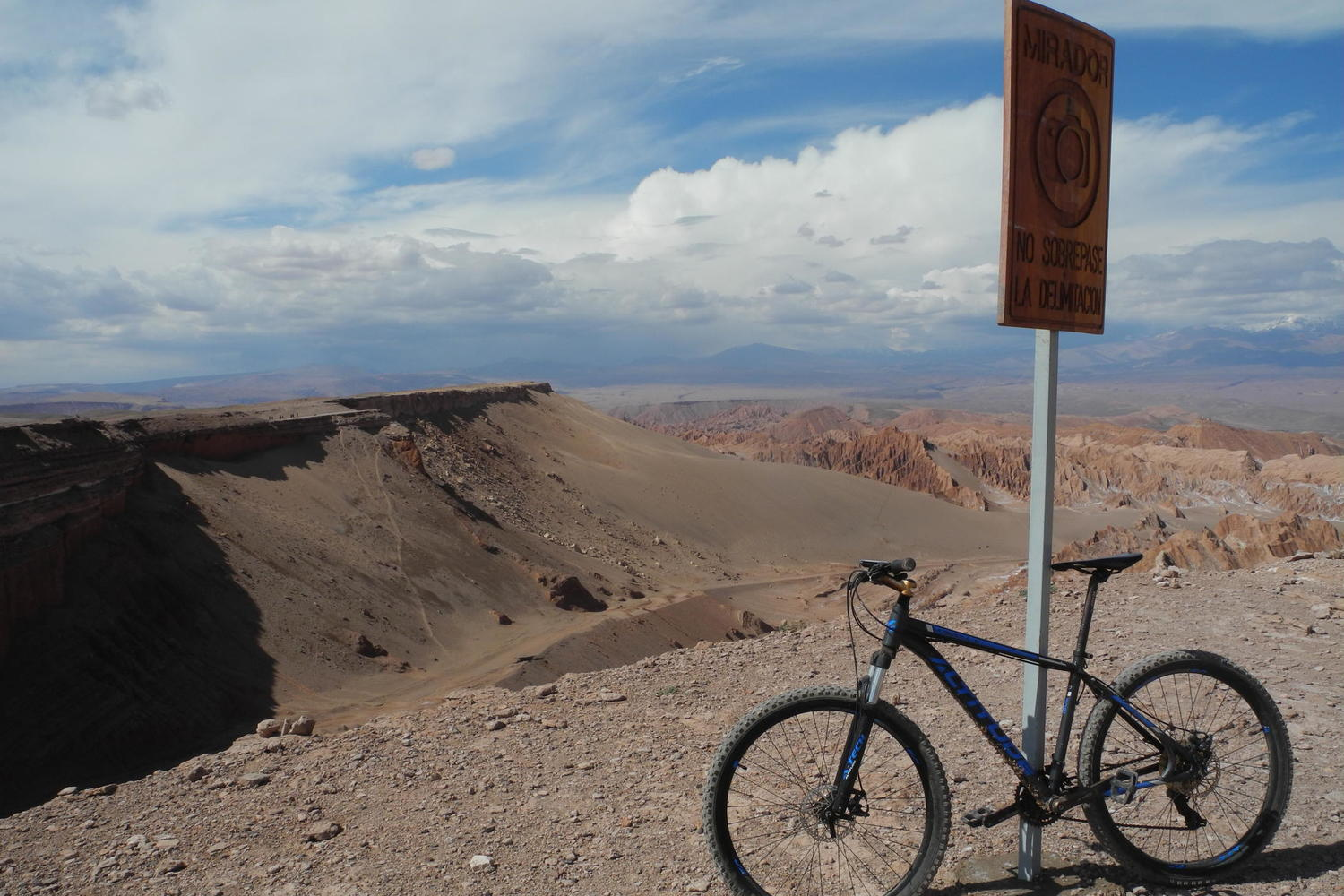 Cycling up to the viewpoint over the Valley of the Moon in the Atacama