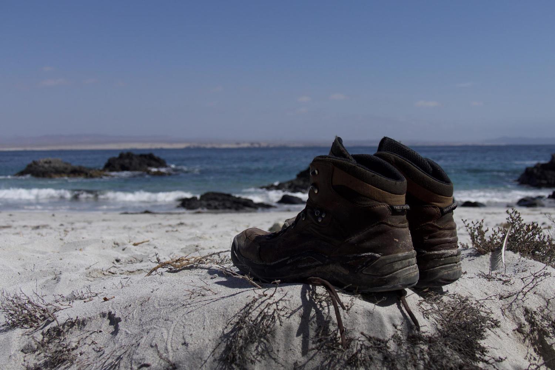 Boots on beach near Copiapó