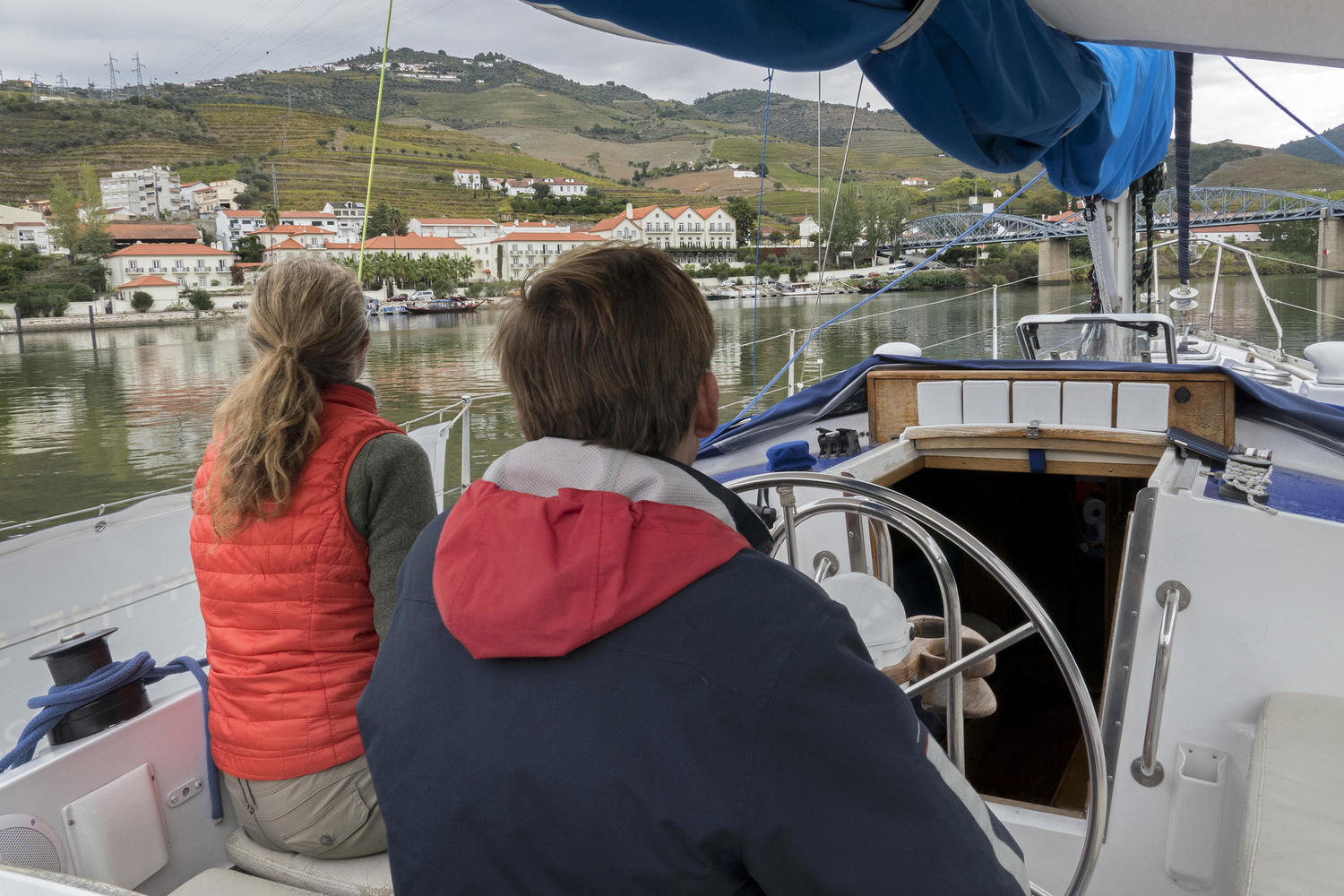 Getting onboard Paulo's boat for a personal tour along the Douro