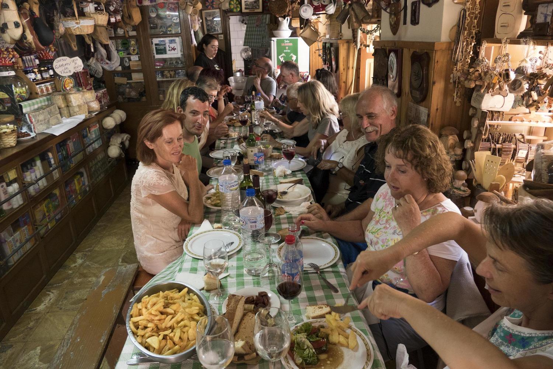 spain-asturias-picos-de-europa-sotres-pura-aventura-cabrales-traditional-food-fabada-gallega