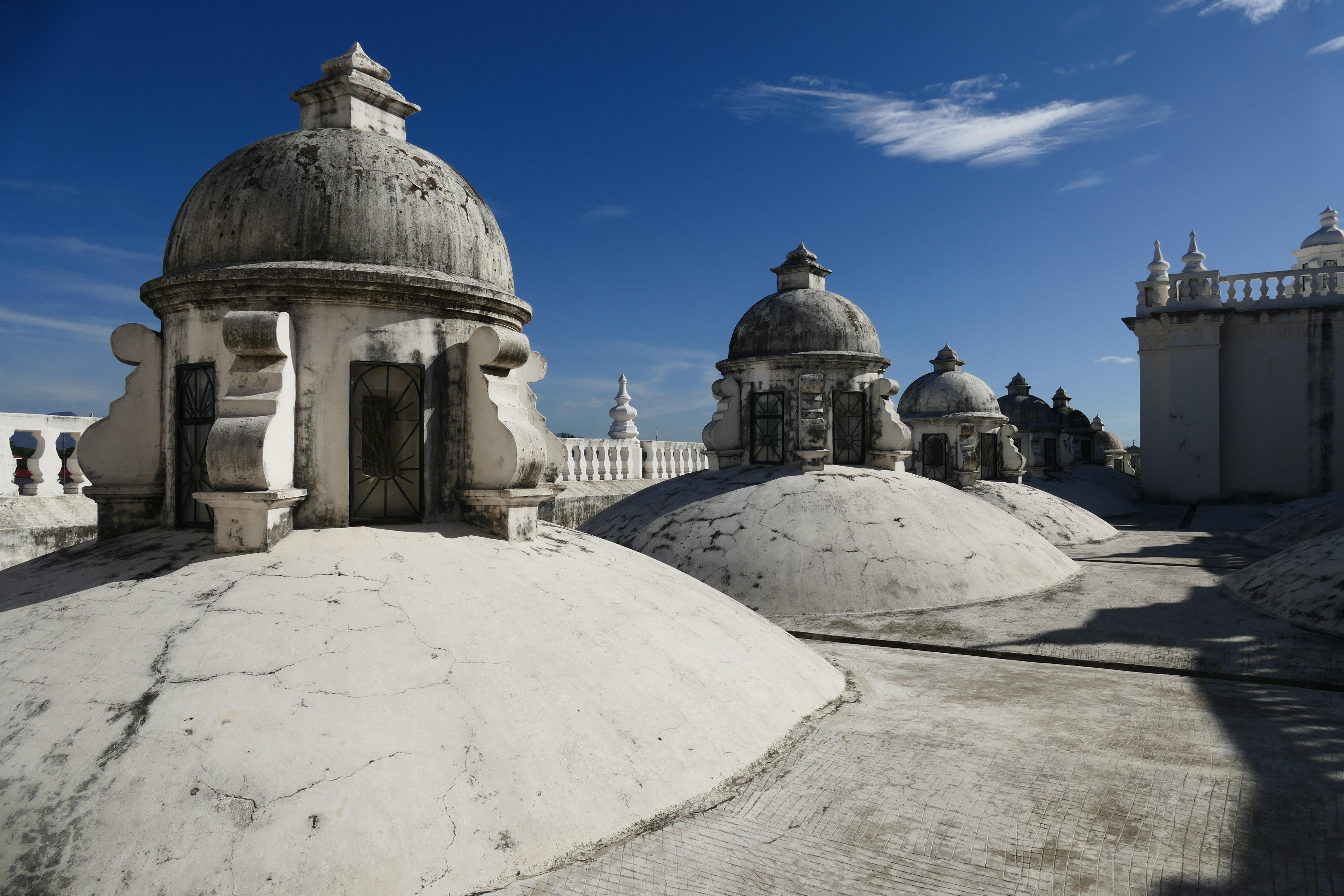 Nicaragua leon cathedral roof c emma pura aventura