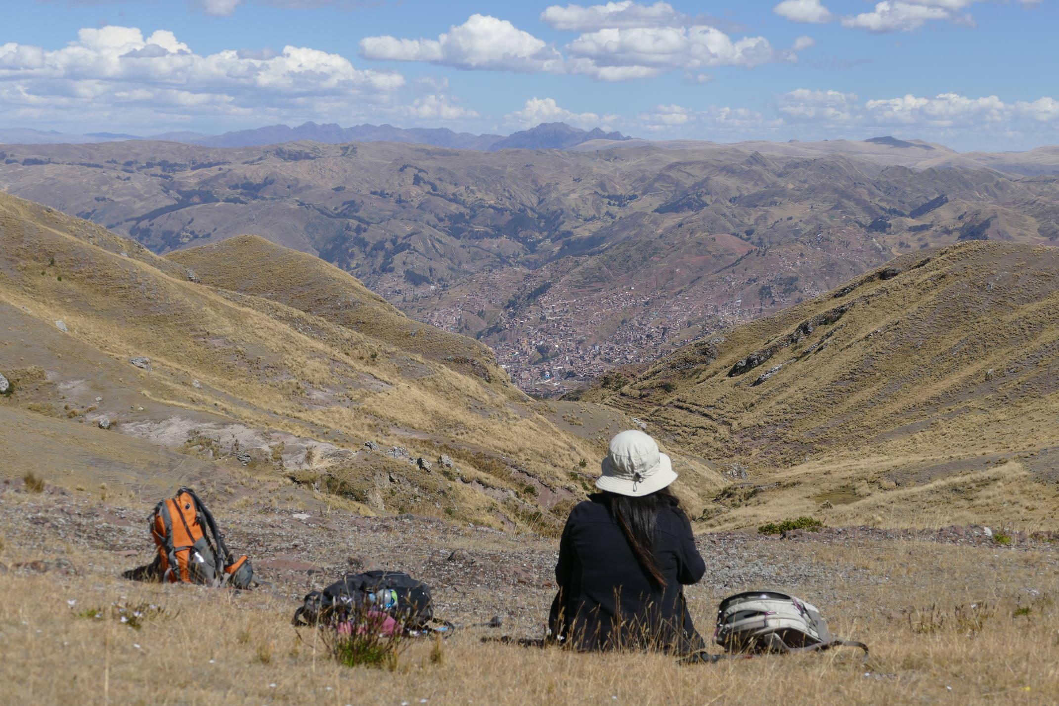 Peru sacred valley tambo machay walk c sarah pura2