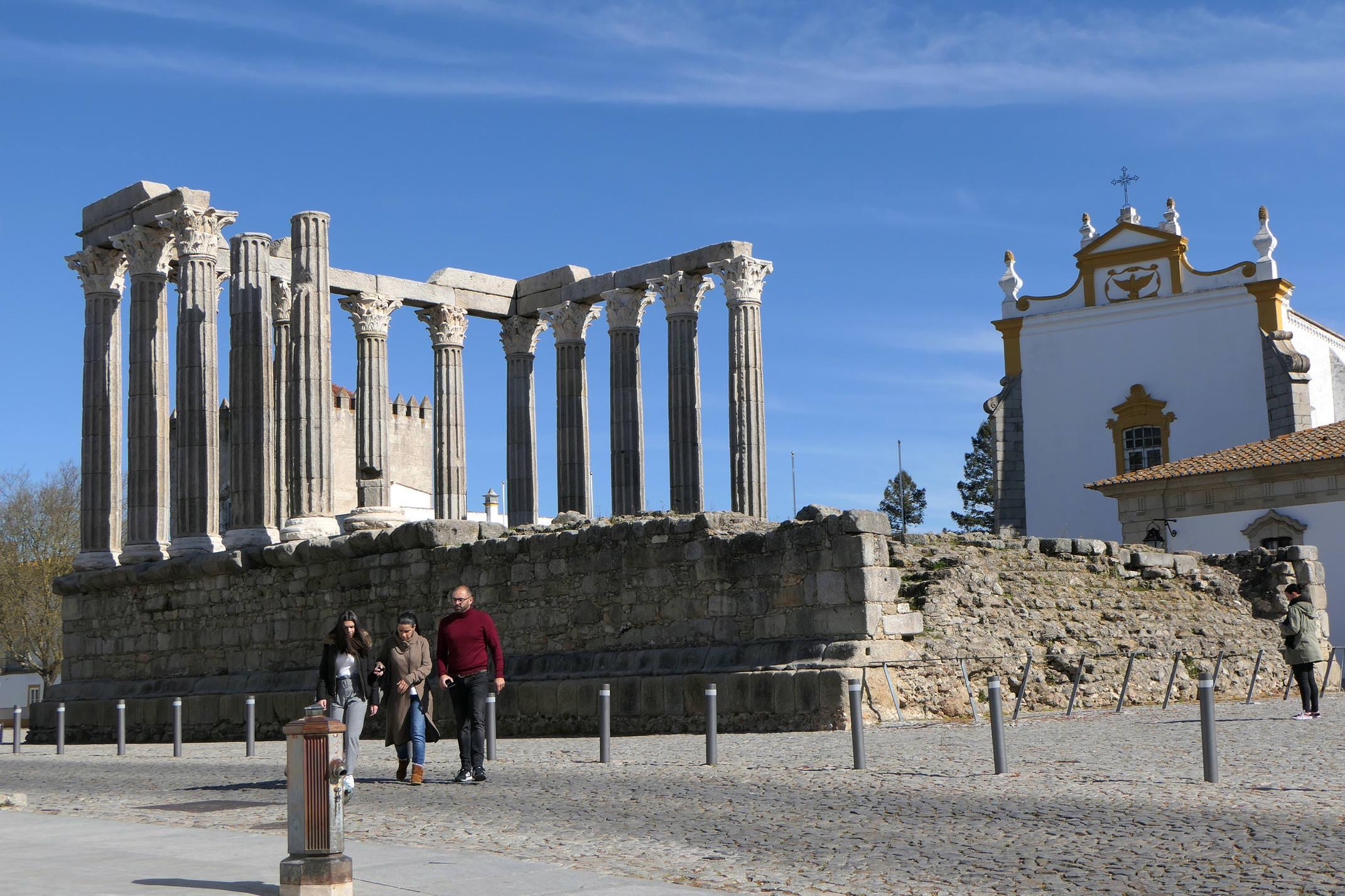 Portugal alentejo evora diana roman temple 3 c diego