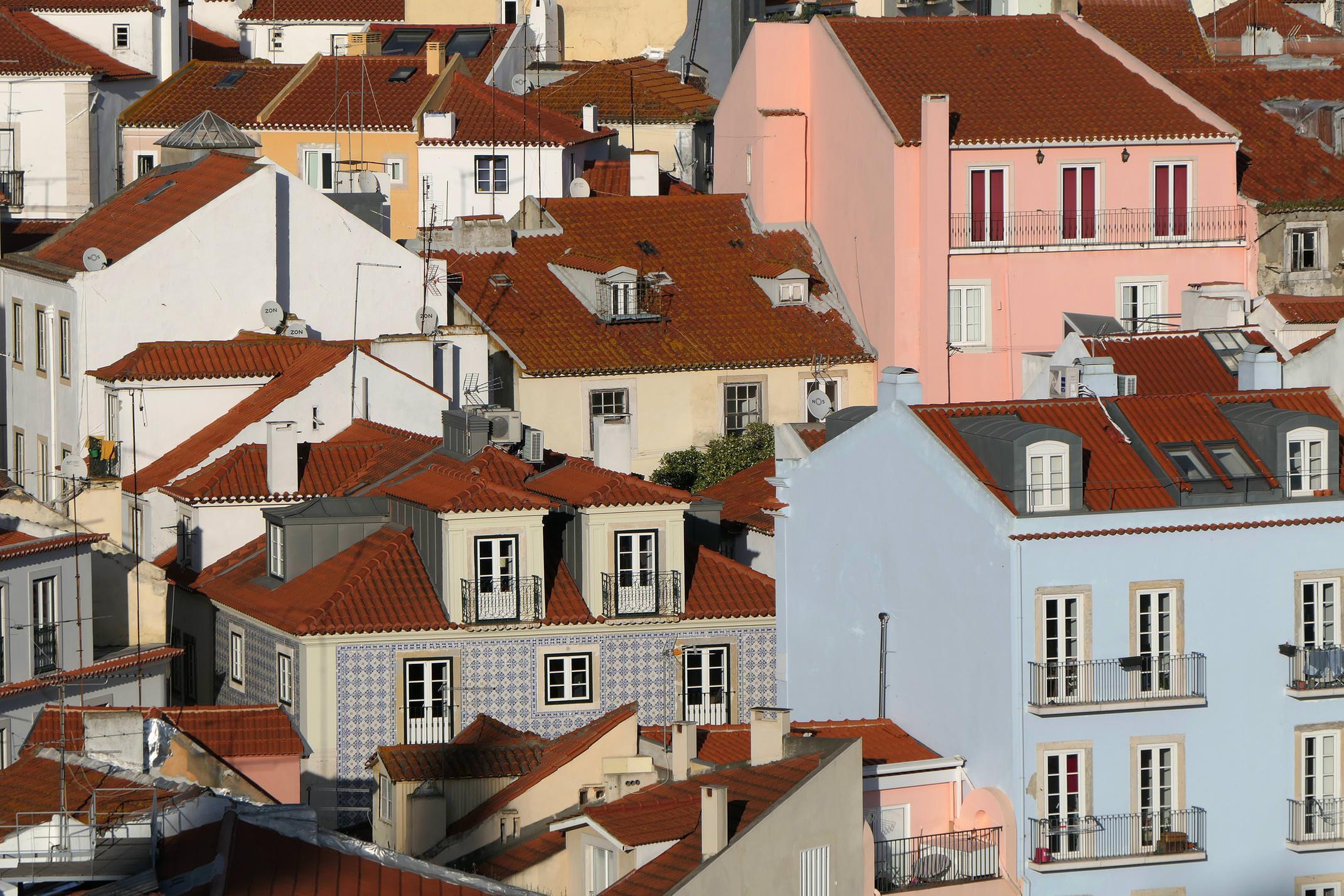 Portugal lisbon alfama colorful houses c diego