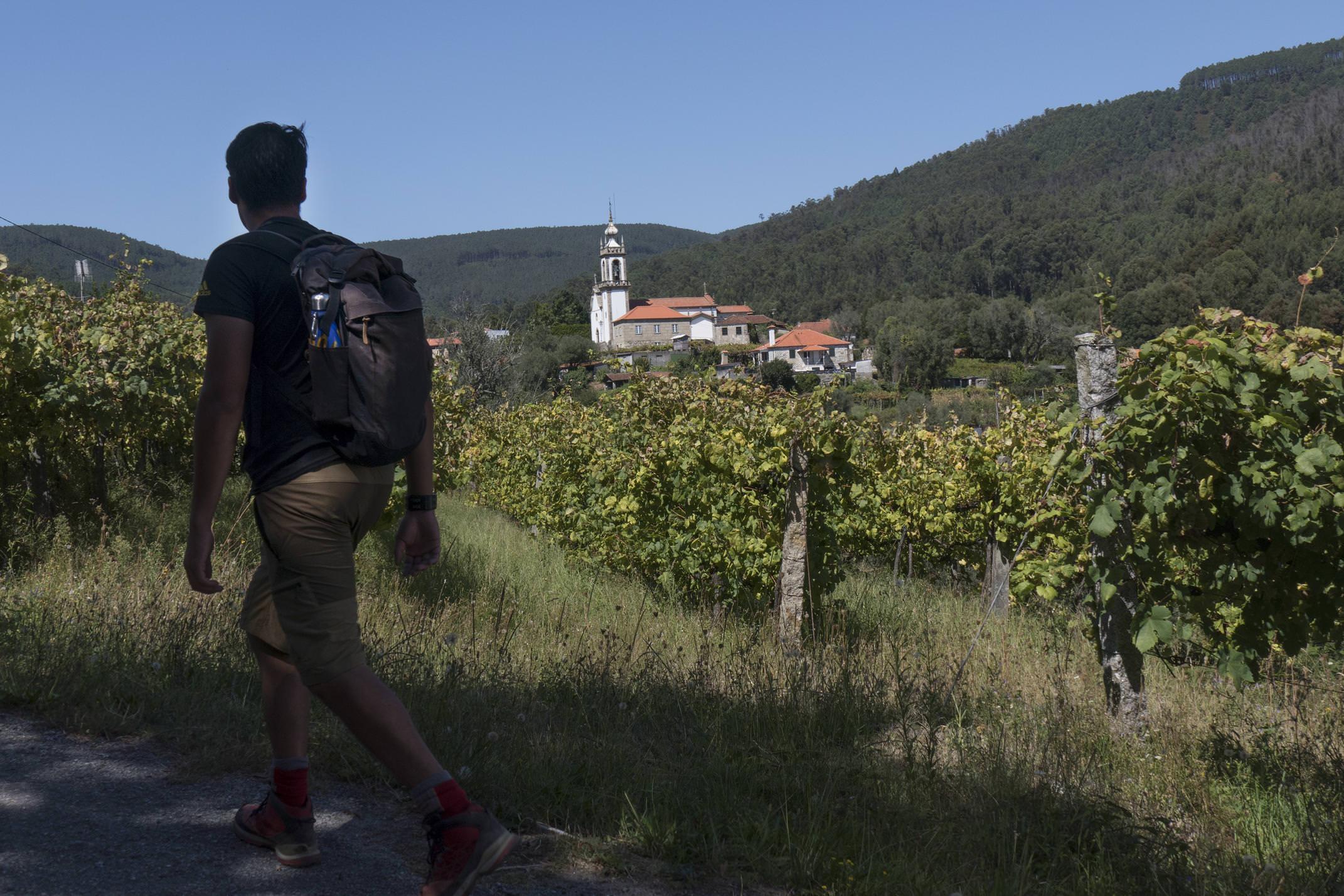 Portugal minho caminho ponte de lima hiker c diego pura