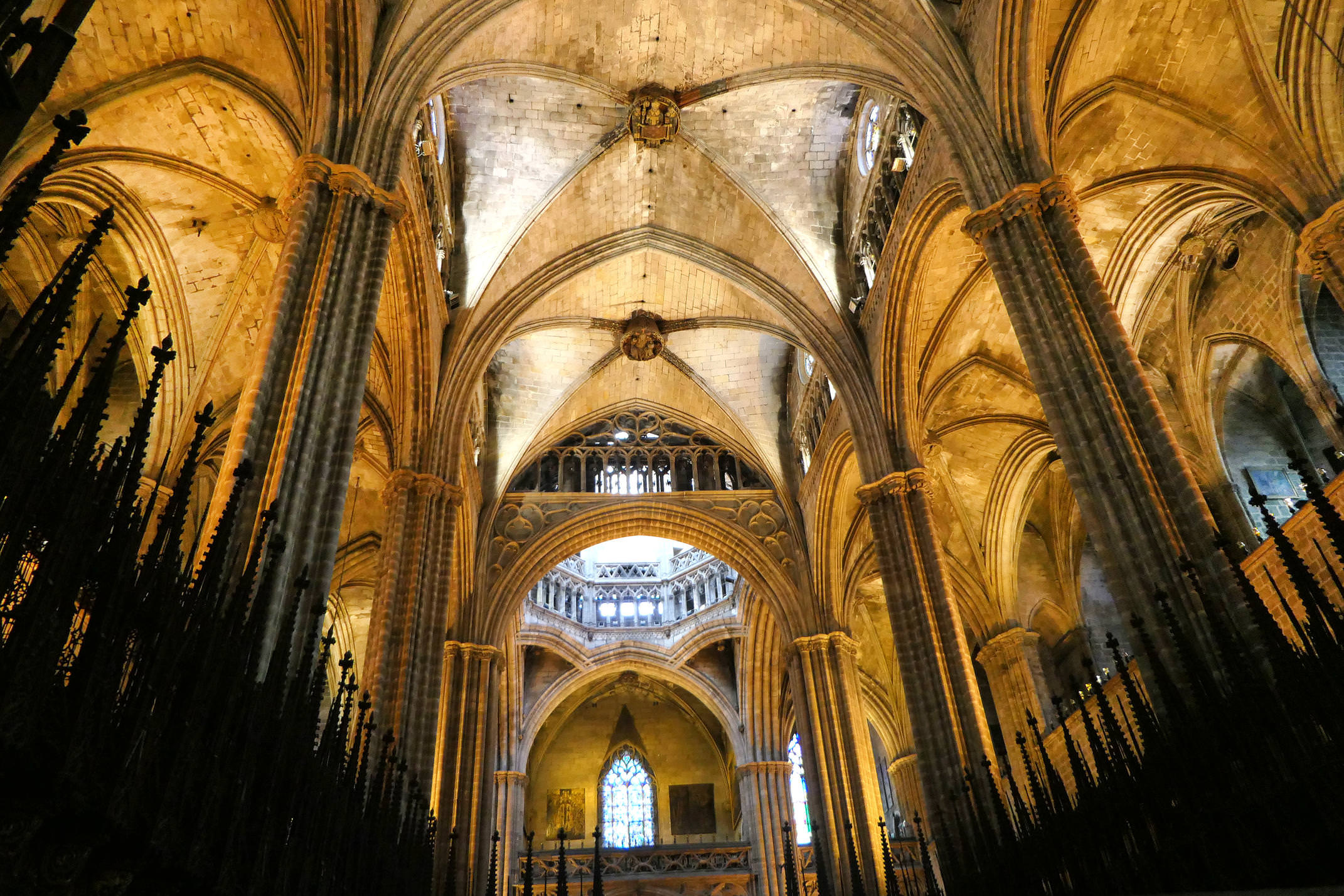 Spain barcelona roman gothic cathedral interior c diego