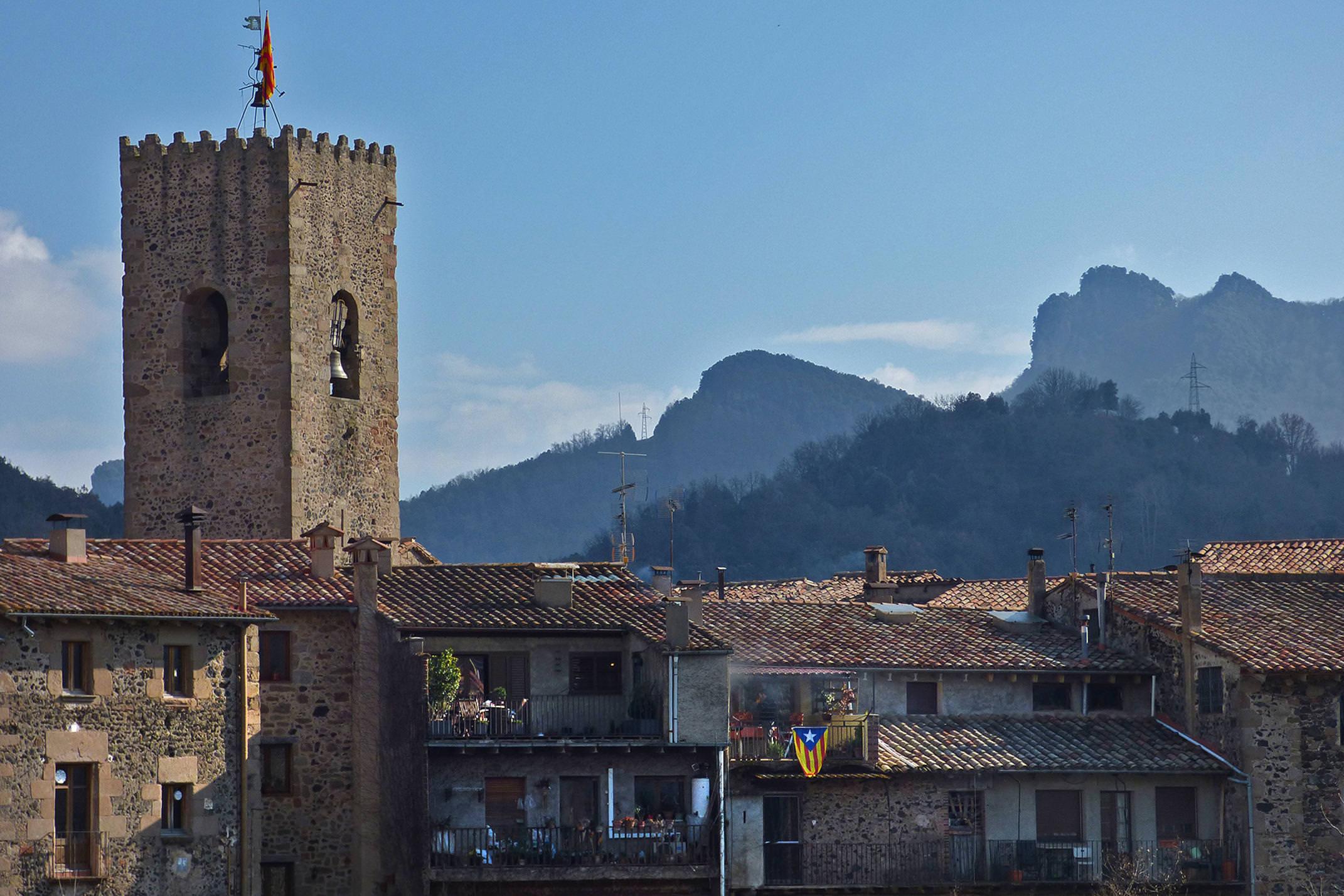 Spain catalonia girona garrotxa santa pau flag