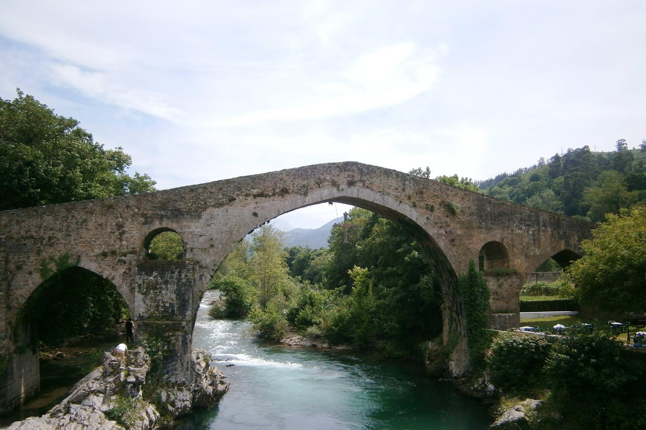 Spain picos de europa roman bridge cangas de onis