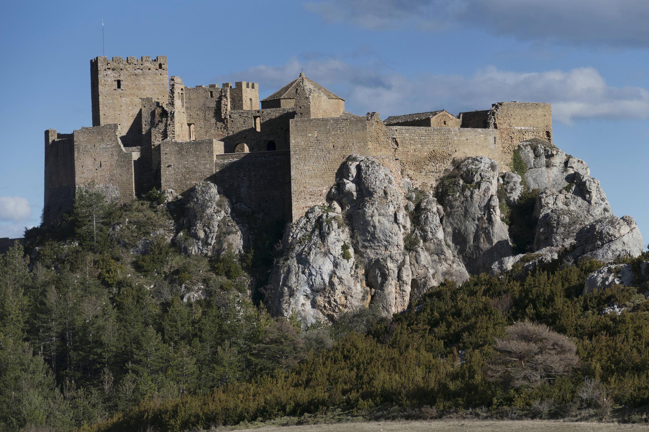Spain pyrenees aragon huesca loarre castle c pura aventura