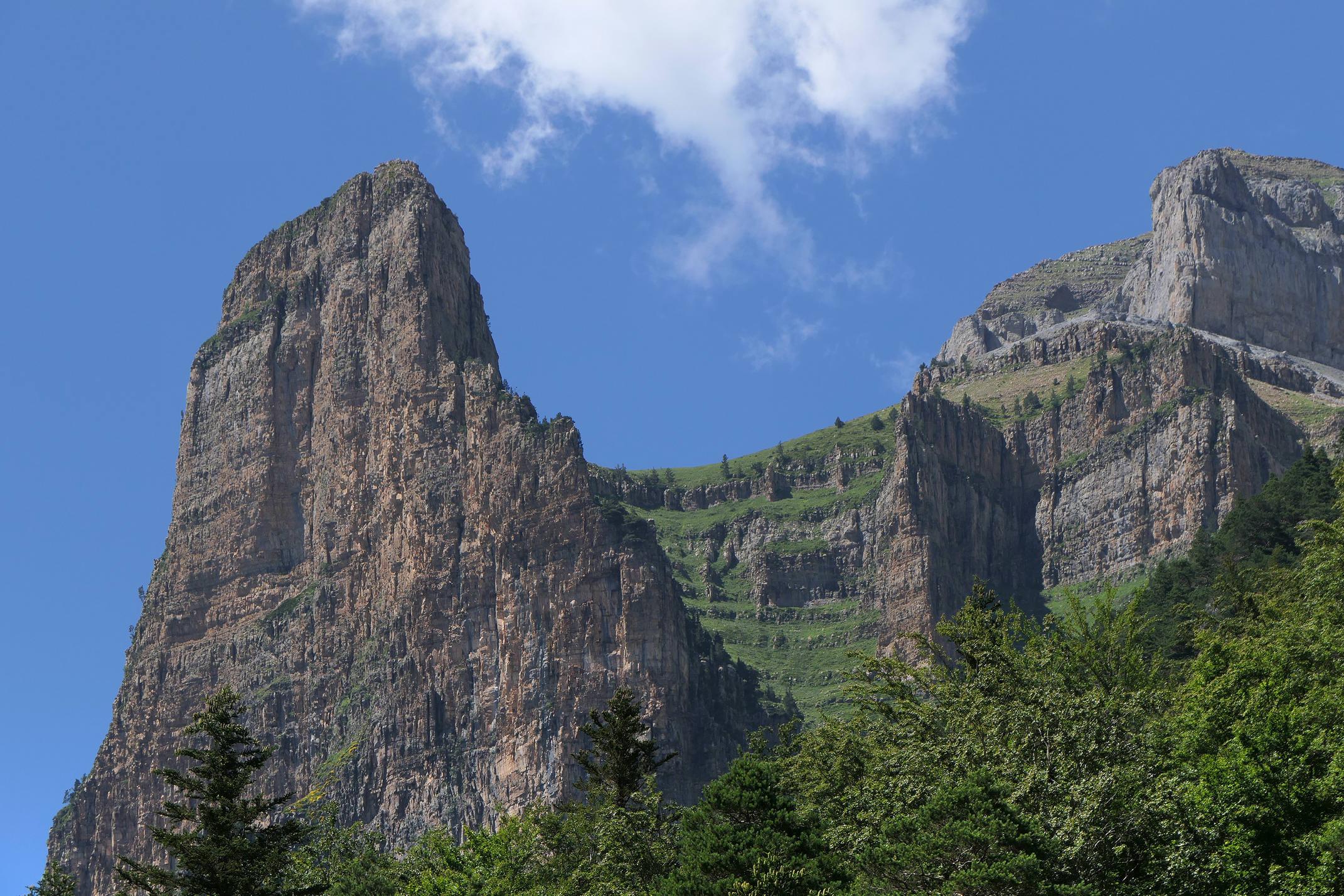Spain pyrenees huesca pradera ordesa tozal c diego