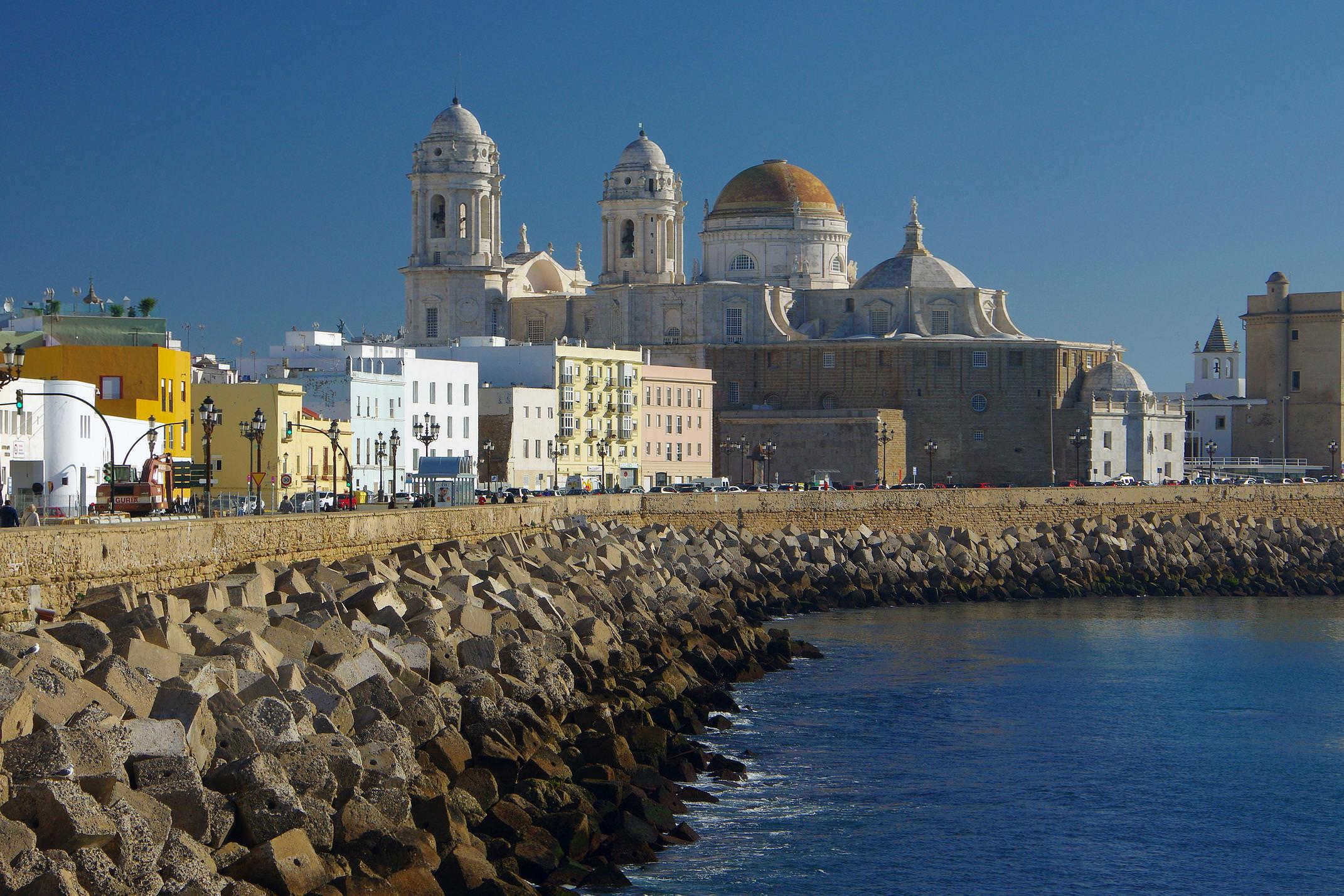 Spain andalucia cadiz seafront c chris bladon pura